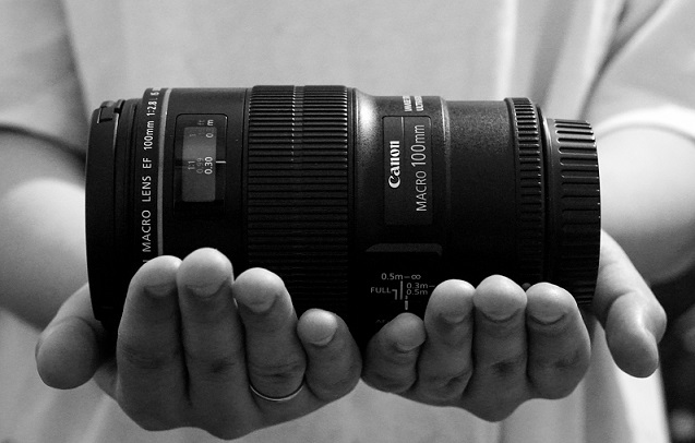 Canon EF 100mm f/2.8L IS USM Macro